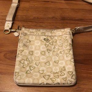 Coach Waverly Hearts CC Logo Patent Leather Swingpack Crossbody Purse Bag